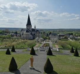 Abbaye Saint Georges de Boscherville 300