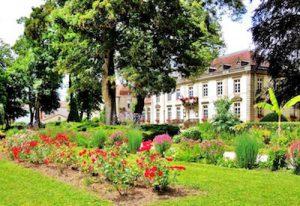 Bourbonne les Bains parc chateau