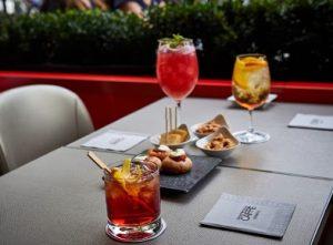 Café Armani Table1 300