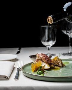 Café Armani-Table2