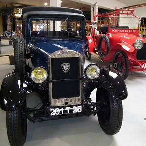 Voiture du musée de l'Aventure Peugeot