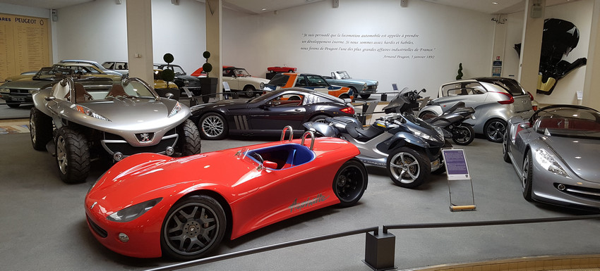 Musee Peugeot 850 400